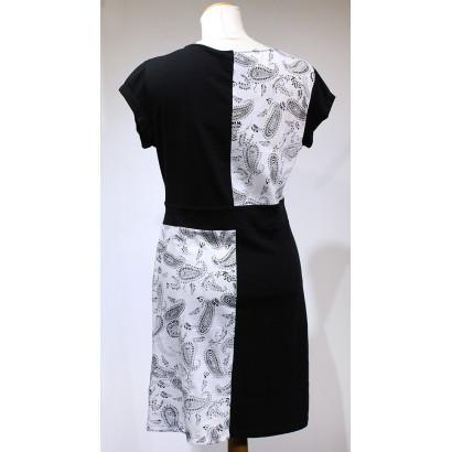 Svart/vit tunika med kort ärm